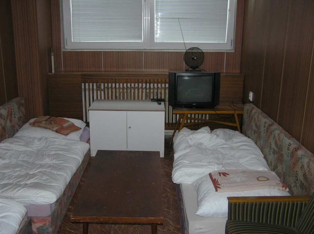Turistická ubytovňa LABAK s dobrou polohou - smer Košice